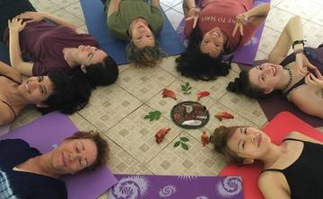 Free Your Creativity: Yoga Retreat To Liberate Your Inner Artist