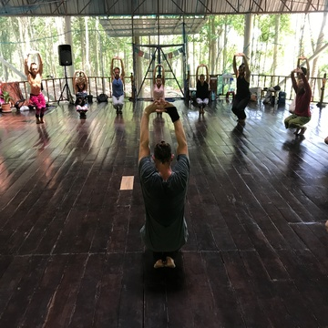Decoding Motion - movement research and development Thailand retreat