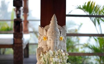 Bali Art of Relaxation Cultural Bliss Yoga Retreat