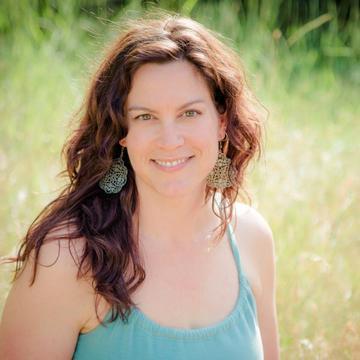Nicole Bratt