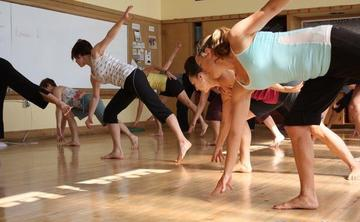 Yoga Dance: Framework and Spontaneity