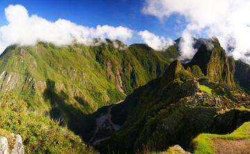 New Year's Celebration in Machu Picchu, Peru with Travis Eliot & Lauren Eckstrom