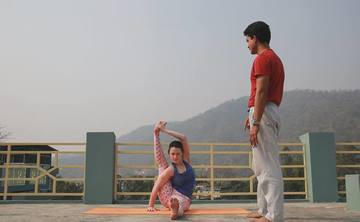 200 Hour Yoga Teacher Training Rishikesh, India