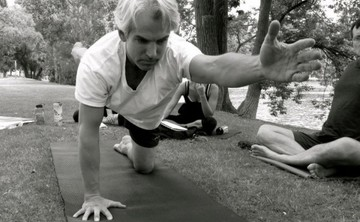 Hot/Flow Yoga Teacher Training (YA - RYT): 250hrs Buffalo