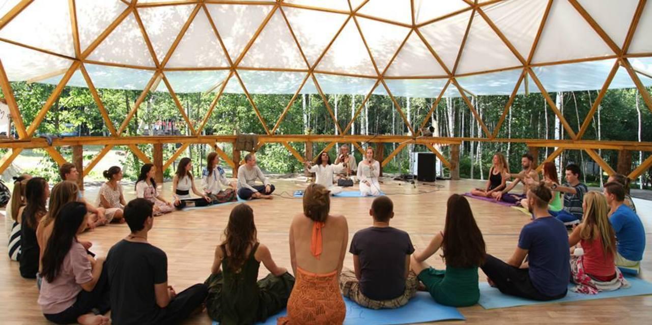 Meditation Teacher Training Certification Course In Rishikesh India
