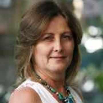 Suzanne Lewarne