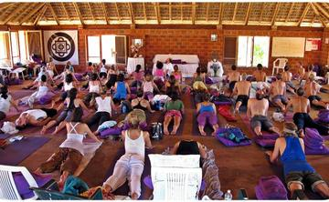 500-Hour Hridaya Meditation and Hatha Yoga Teacher Training Course