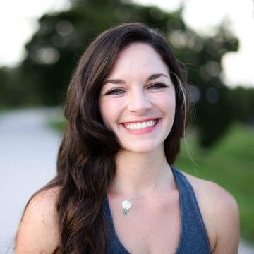 Elyse Calhoun