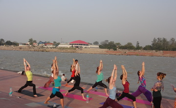 100 hr. Yoga TTC for Beginners in Rishikesh