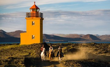 Prana and Ponies: Yoga And Riding Retreat In Iceland