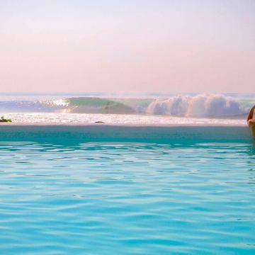Hotel Komune - Beachfront Bali Resort