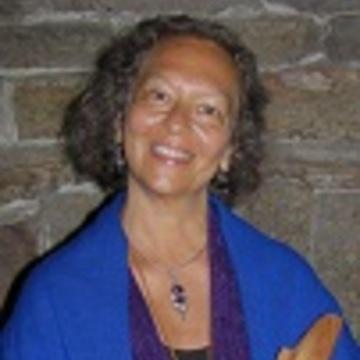 Nina Umai Spiro