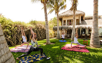 Surf & Yoga Retreat Peru