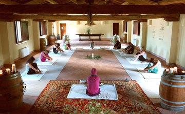 5 days | Shamanic Yoga Retreat | Nurturing the Heart | Tuscany (Italy)