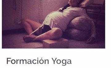 restorative yoga for women in Colombia yoga teacher training prenatal and postnatal