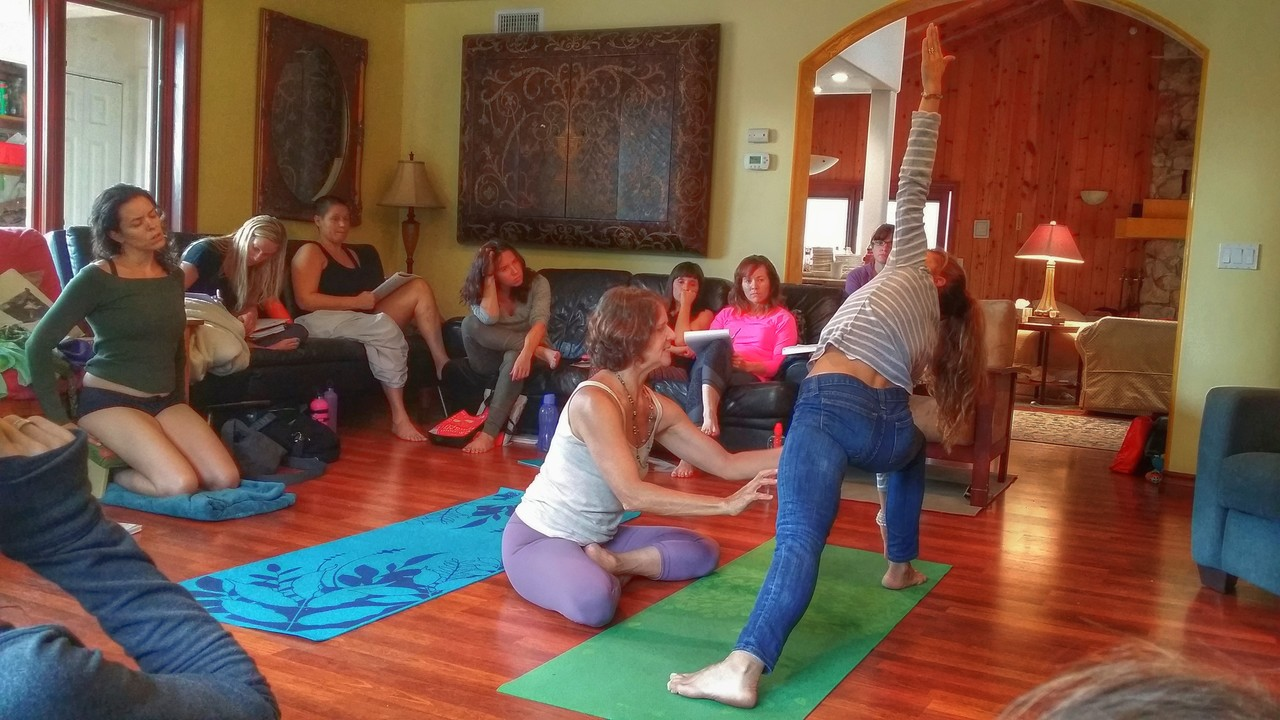 how to become a hot yoga teacher