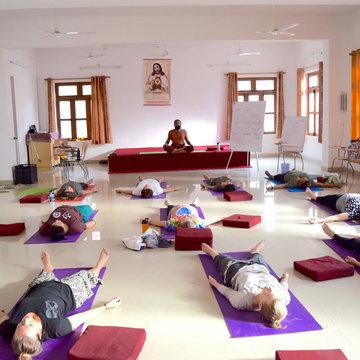 10 Days Classical Meditation and Yoga Retreat in Rishikesh, Uttarakhand, India