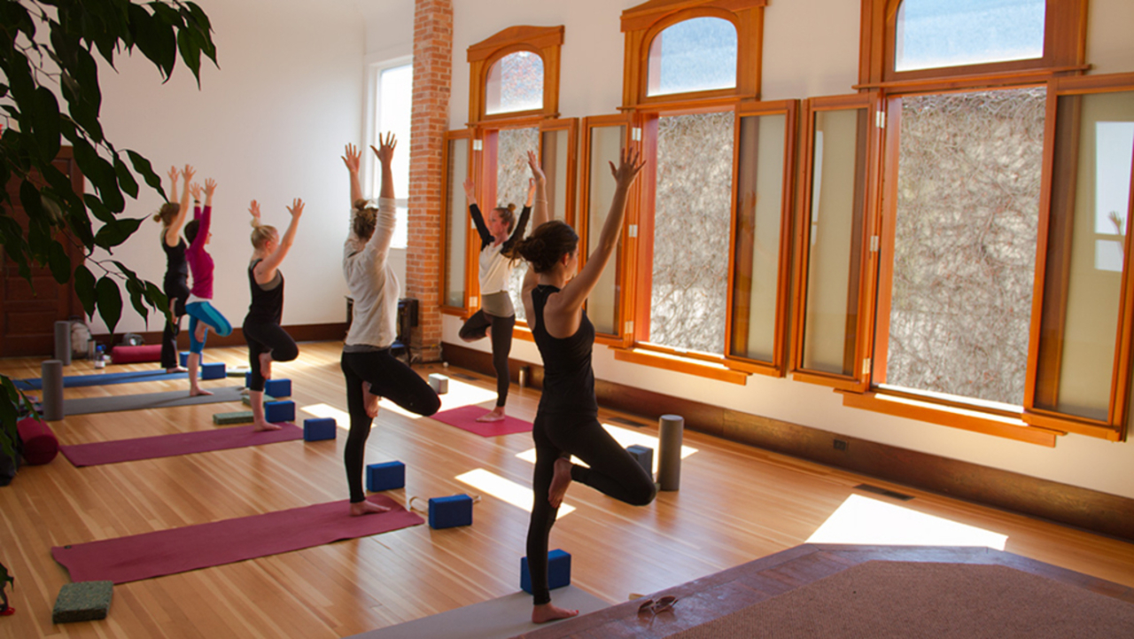 Shanti Yoga Studio - Center - Retreat Guru
