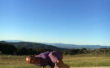 The magic of a yoga retreat in Tuscany  Ruben Gonzalez