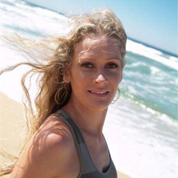 Annika Autumn Williams