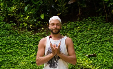 Sacred Heart Yoga - 200hour Foundations of Yoga and Teacher Training Immersion