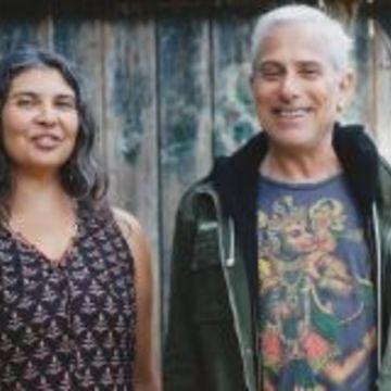 Jai Uttal & Nubia Teixeira