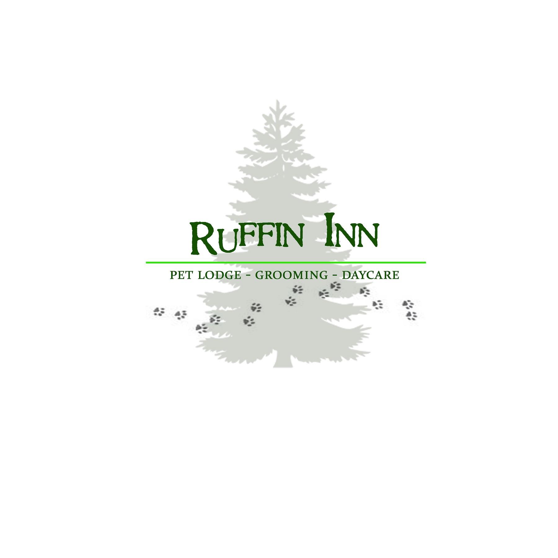 Ruffinn inn logo 02 pine