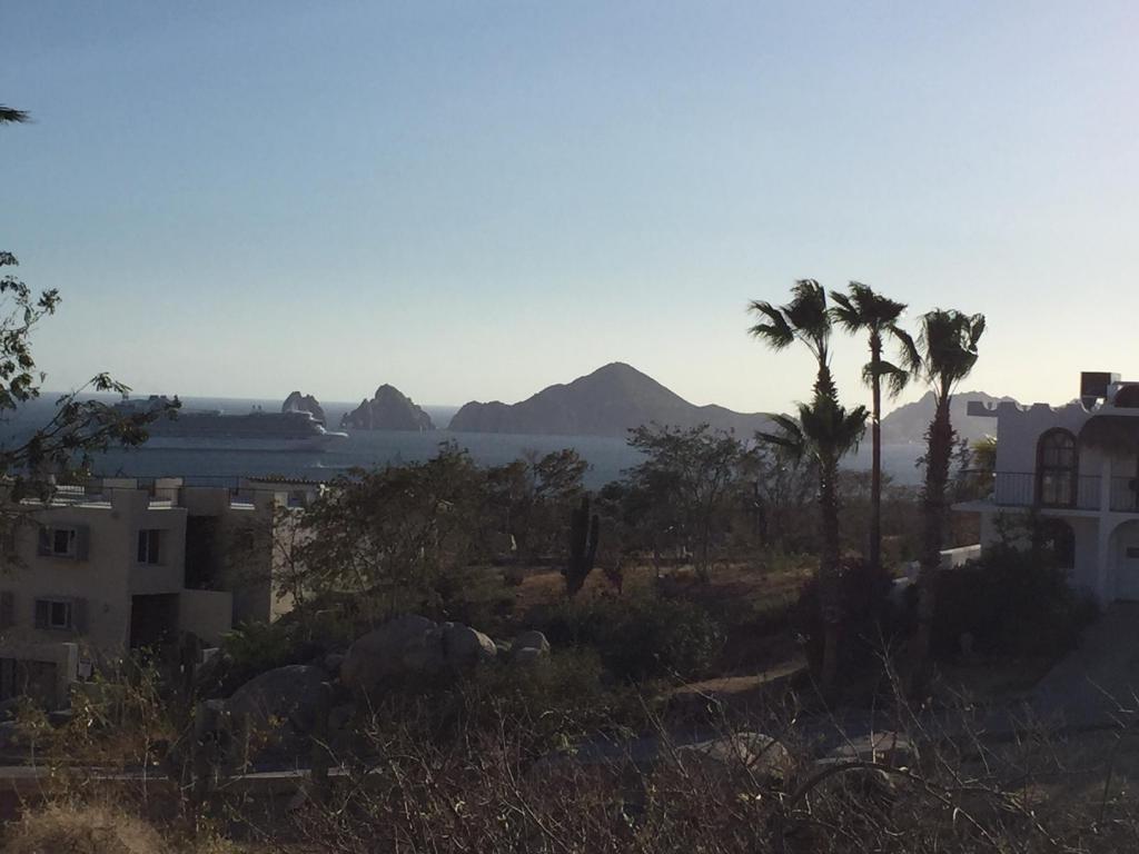 Cabo Bello, Cabo Corridor