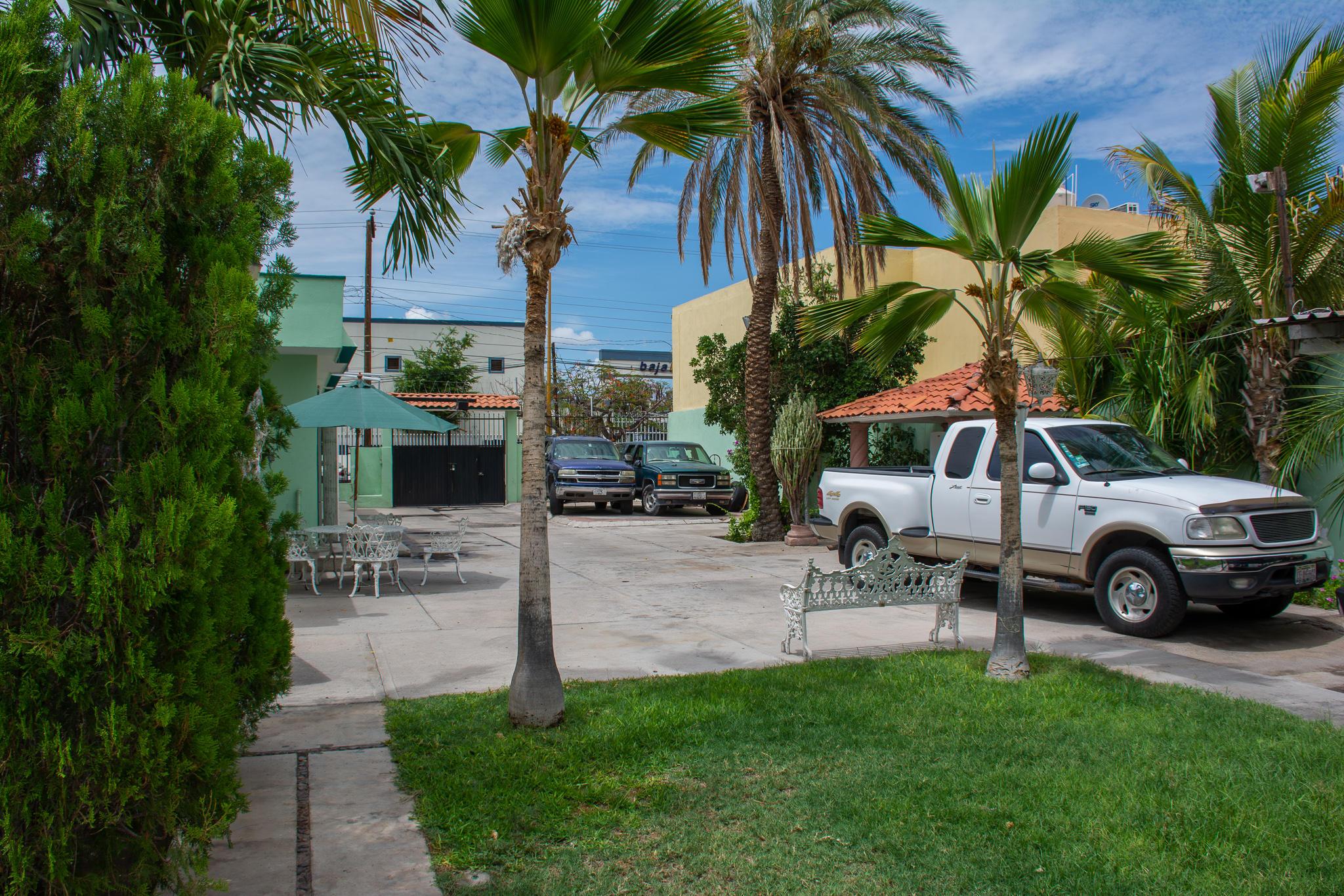 1080 Calle Allende, La Paz