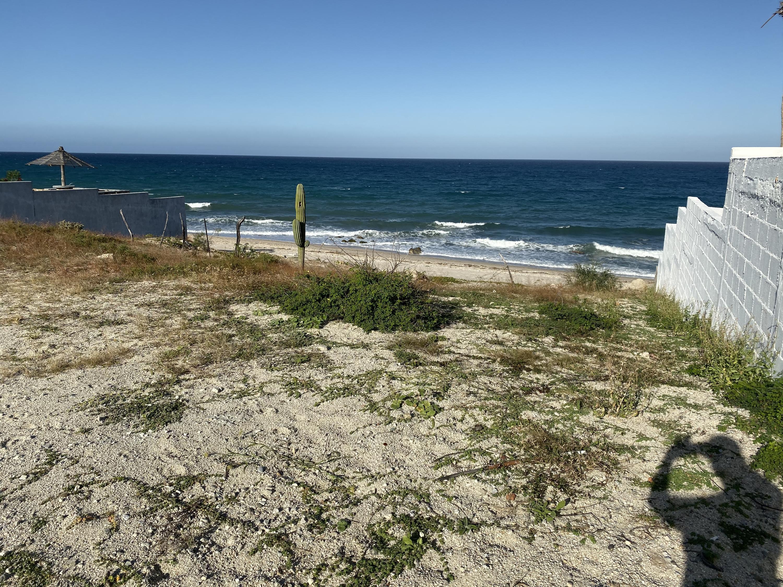 Via la Playa #13, East Cape