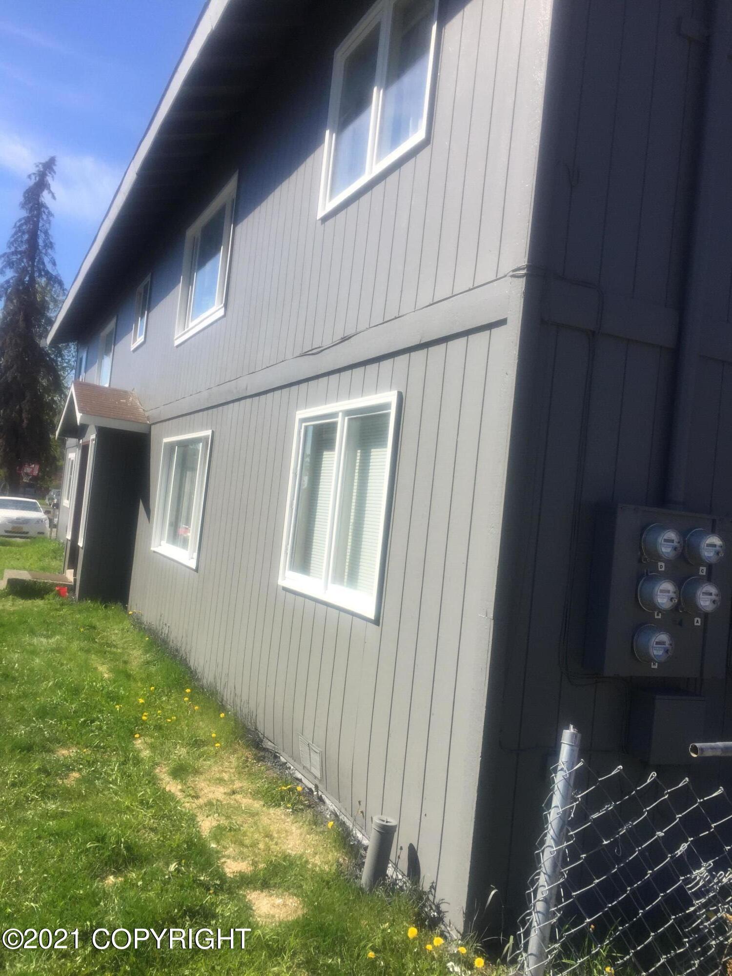 525 N Flower Street, Anchorage, AK 99508