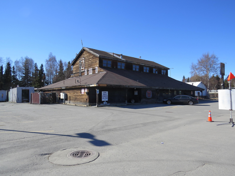 5200 Juneau Street, Anchorage, AK 99518