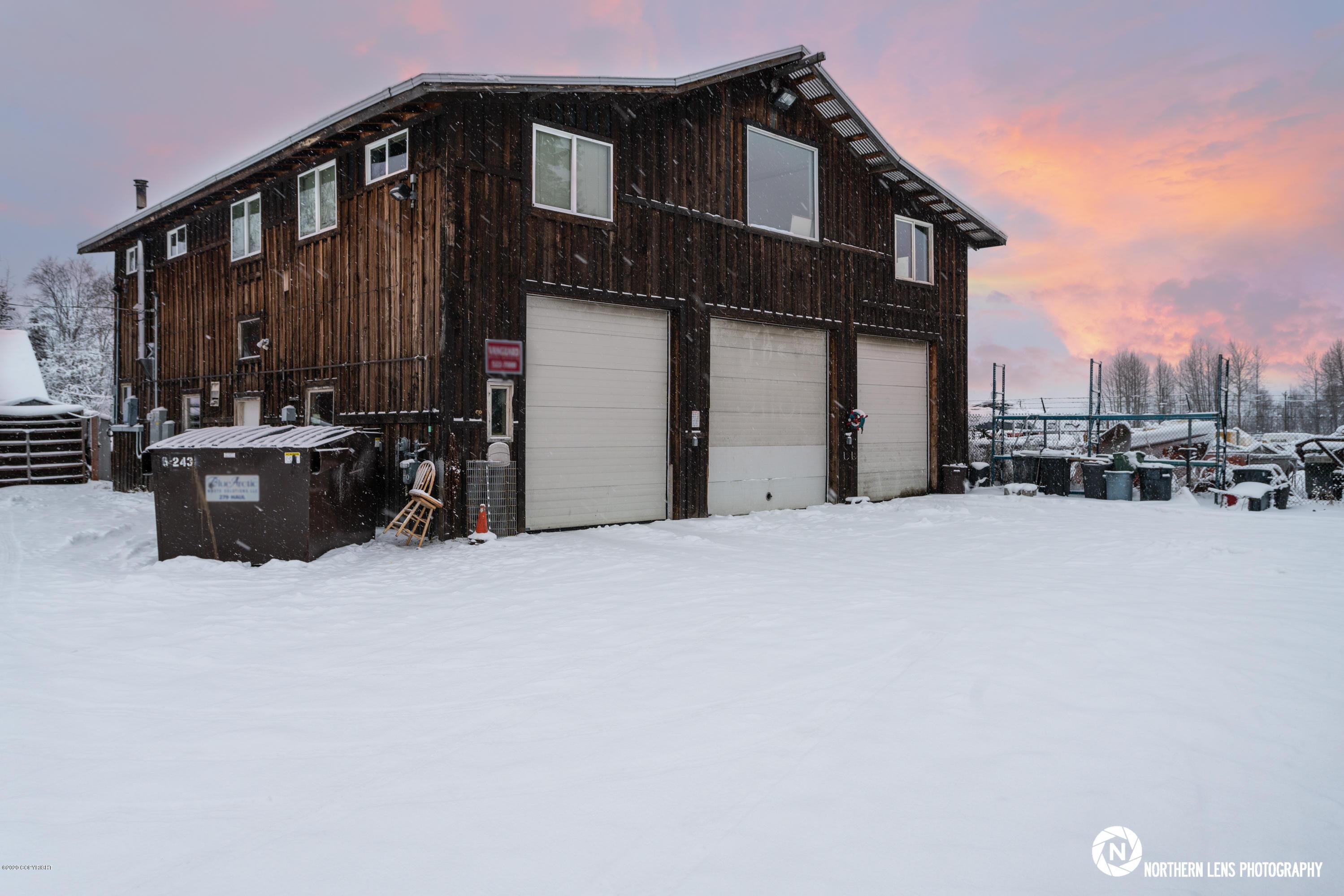 8642 Dakota Street, Anchorage, AK 99507