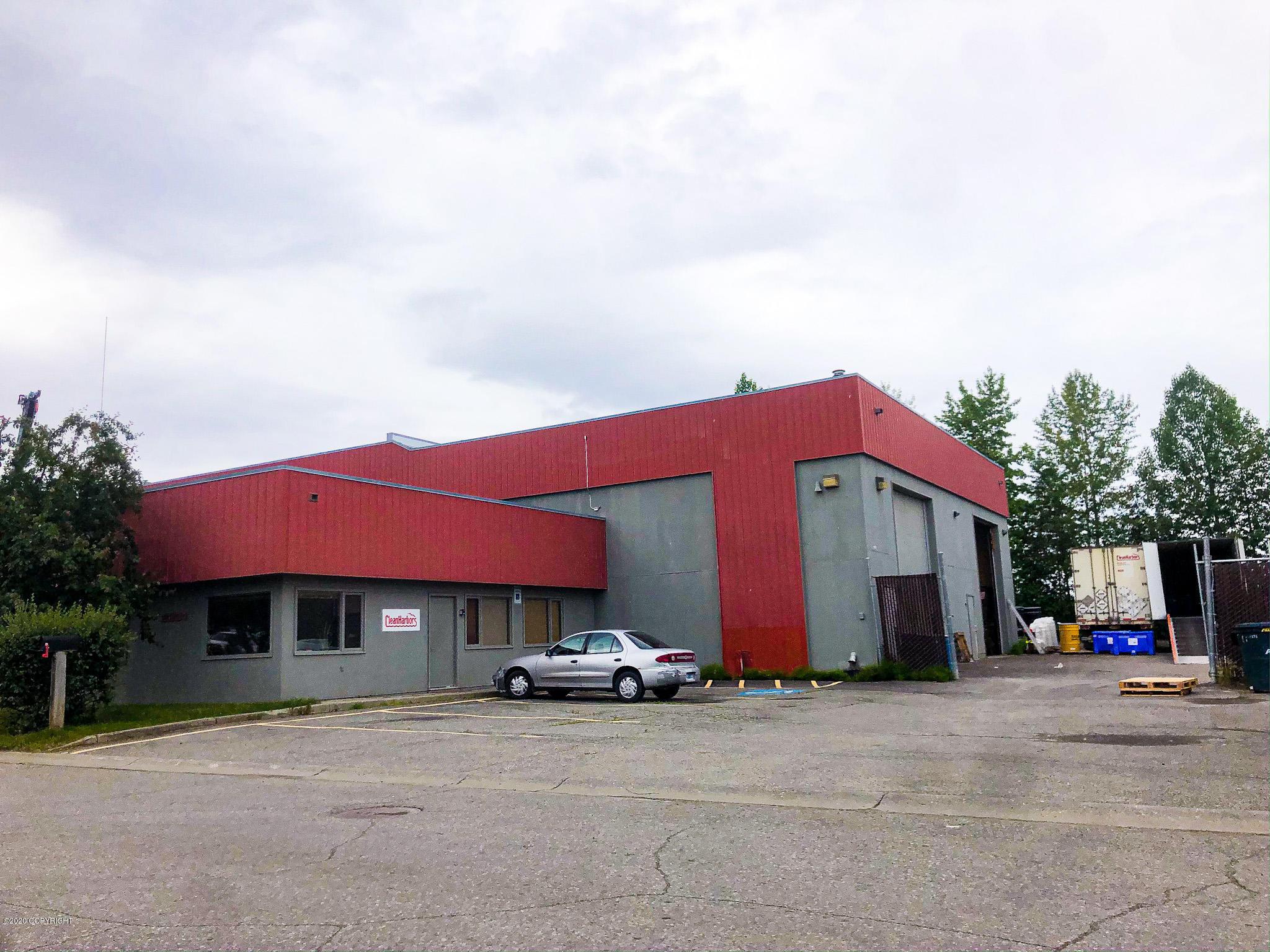 2231 Cinnabar Loop, Anchorage, AK 99507