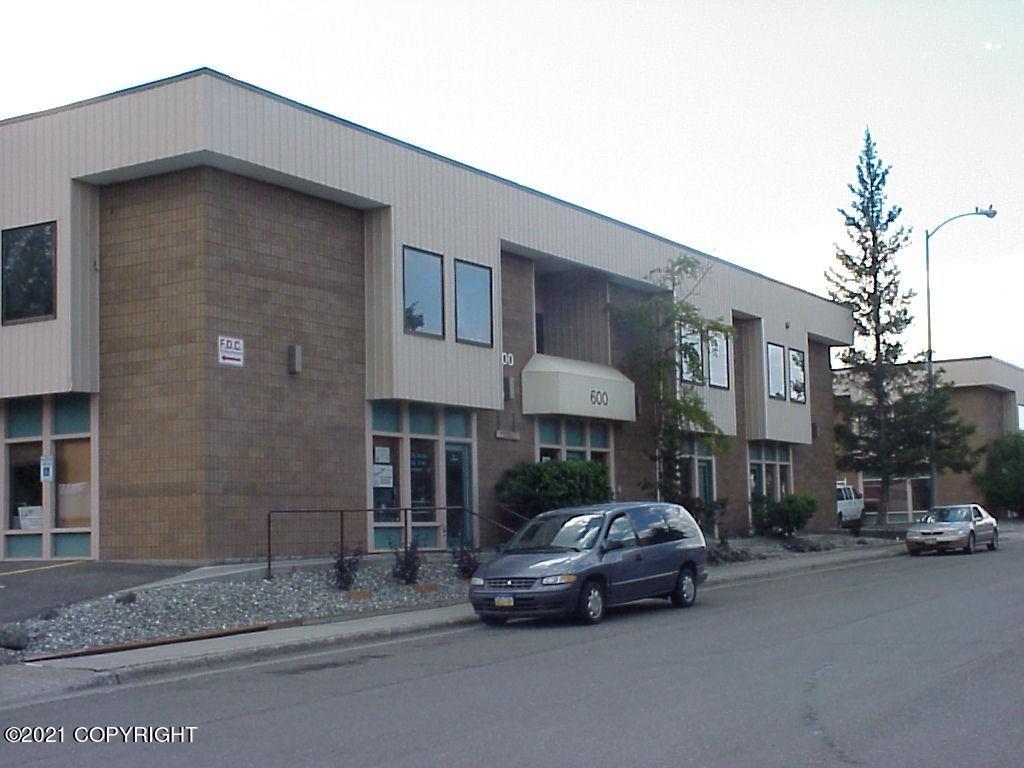 600 W 41st Avenue #203B, Anchorage, AK 99503