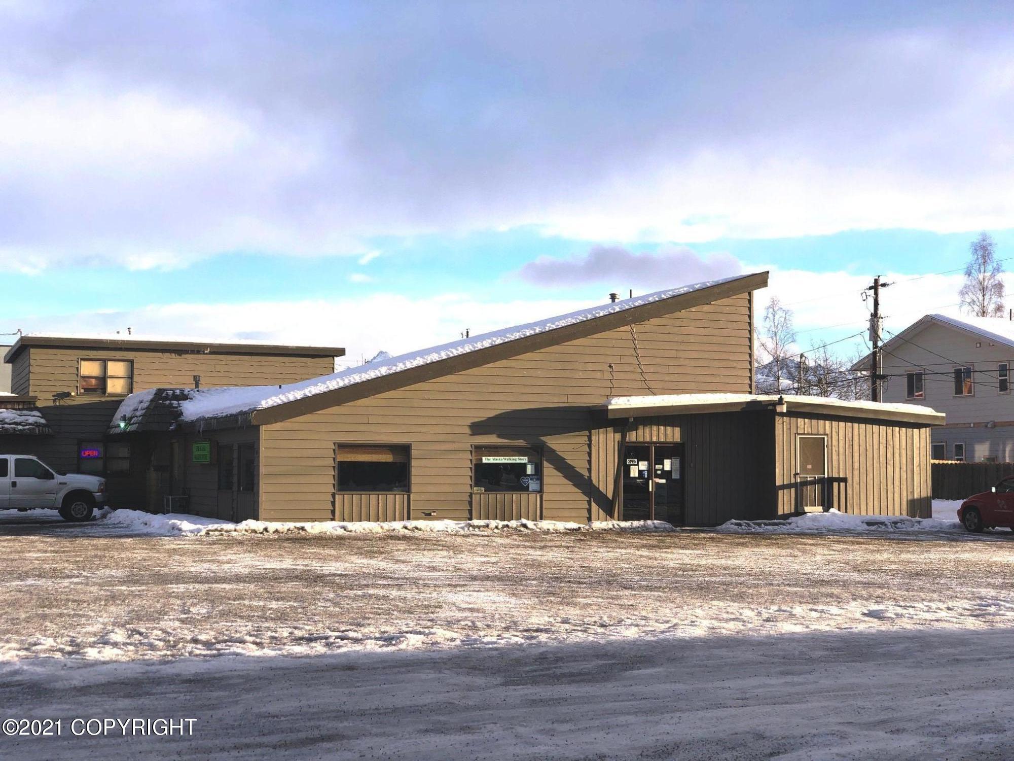 906 W Northern Lights Boulevard, Anchorage, AK 99503