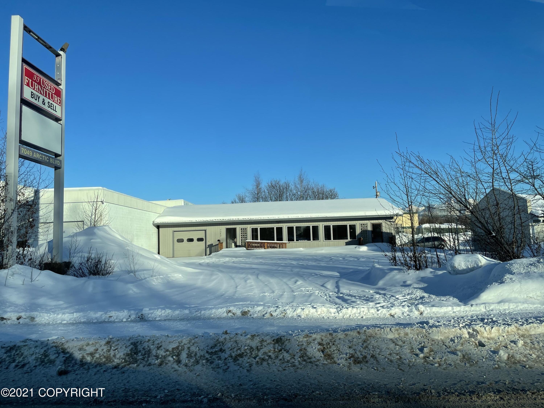 7049 Arctic Boulevard, Anchorage, AK 99518