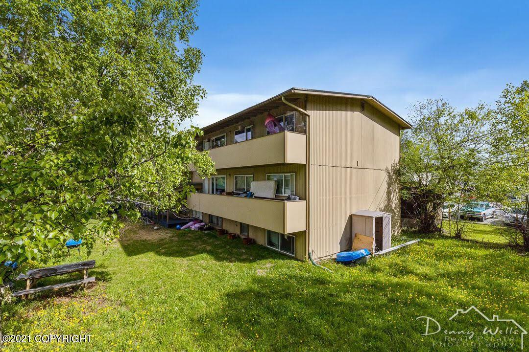 1740 Beaver Place, Anchorage, AK 99504