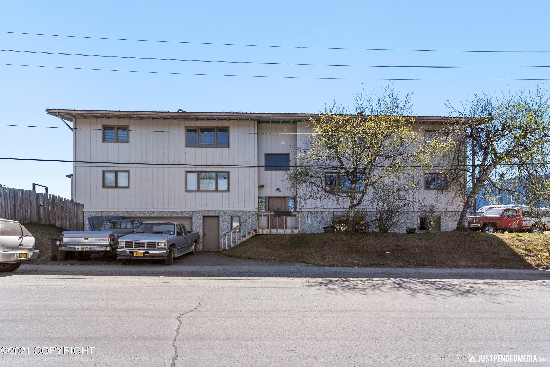 3928 E 4th Avenue, Anchorage, AK 99508