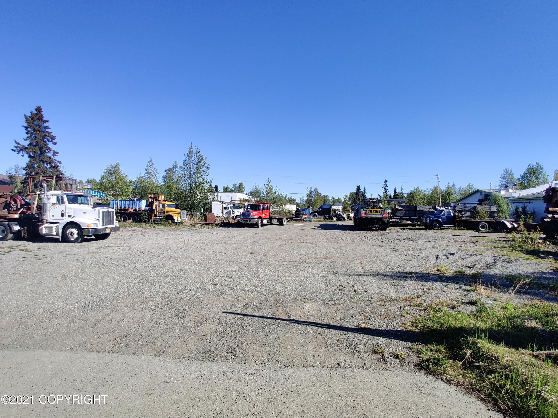 2421 E 88th Avenue, Anchorage, AK 99507