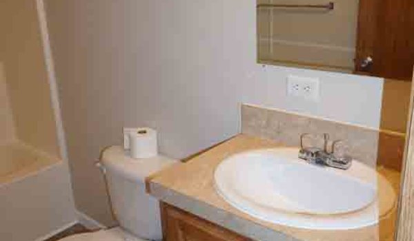 Century / Century 28X72 (202572) - Bathroom