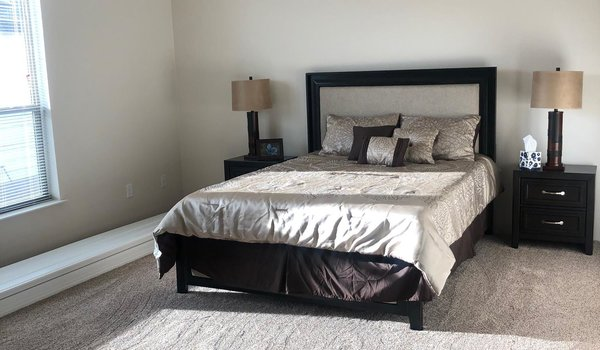 Cedar Canyon / 2034LS - Bedroom