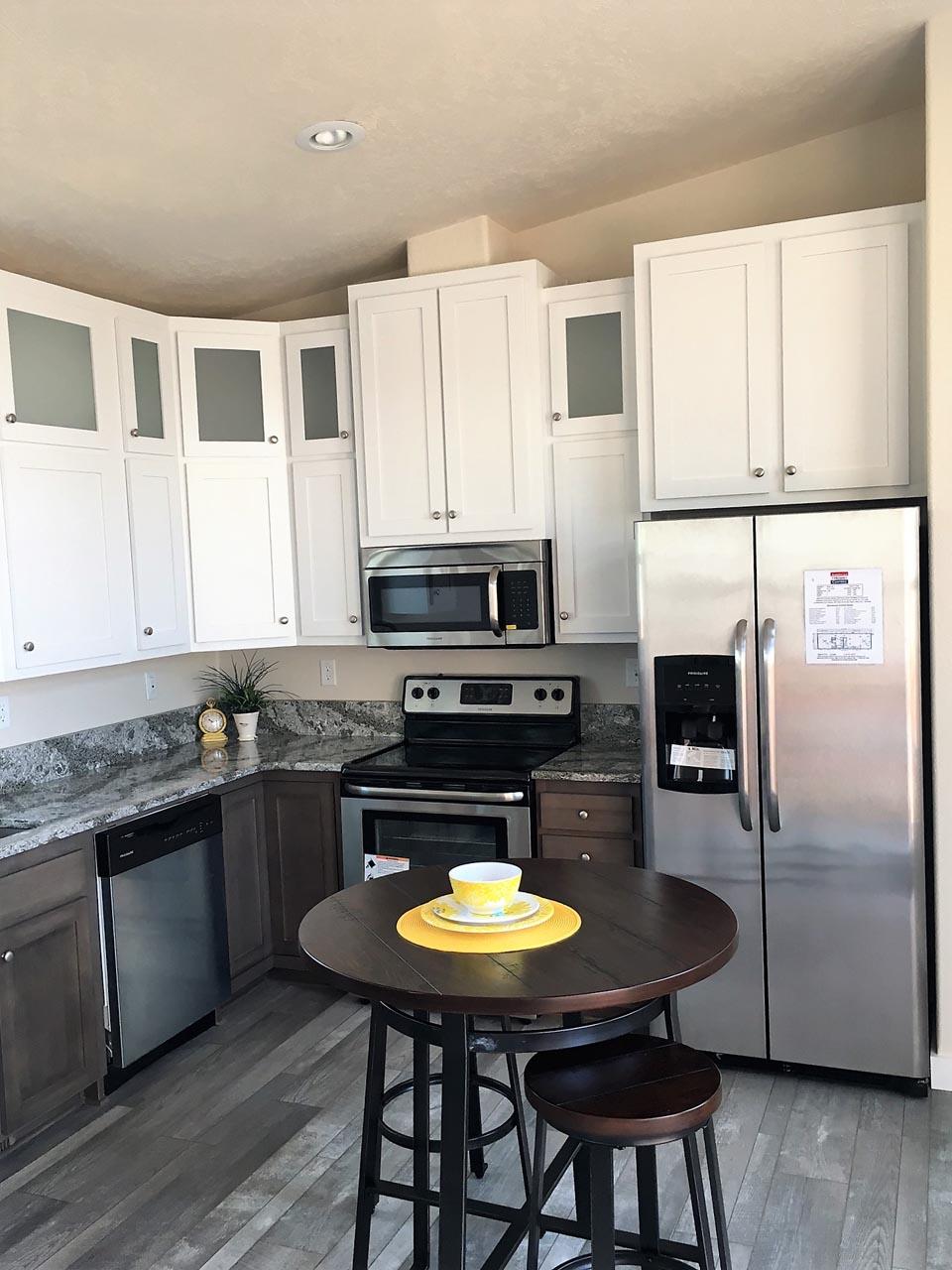Cedar Canyon / 2070 - Kitchen