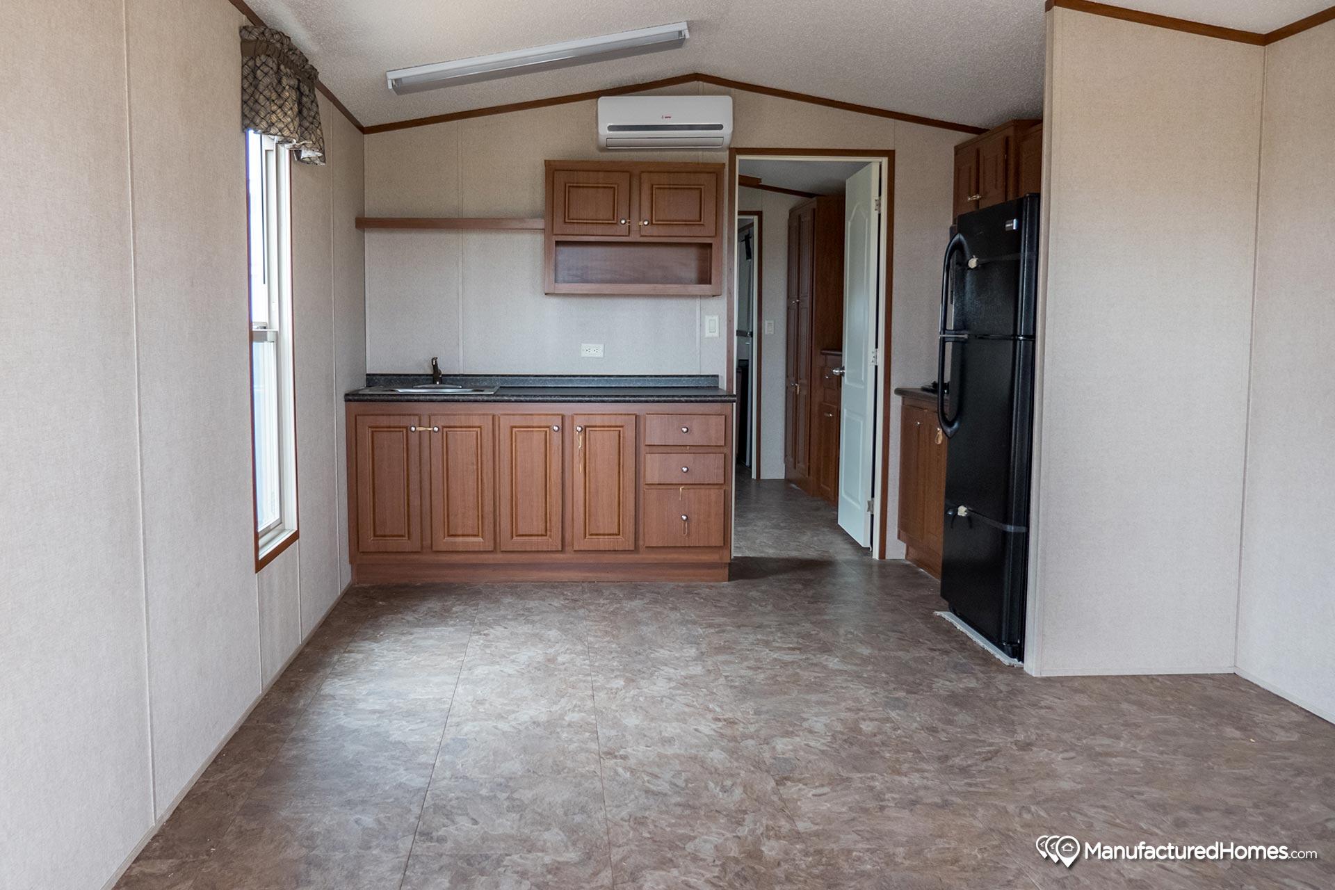 Tiny / 1234-11FLA - Kitchen