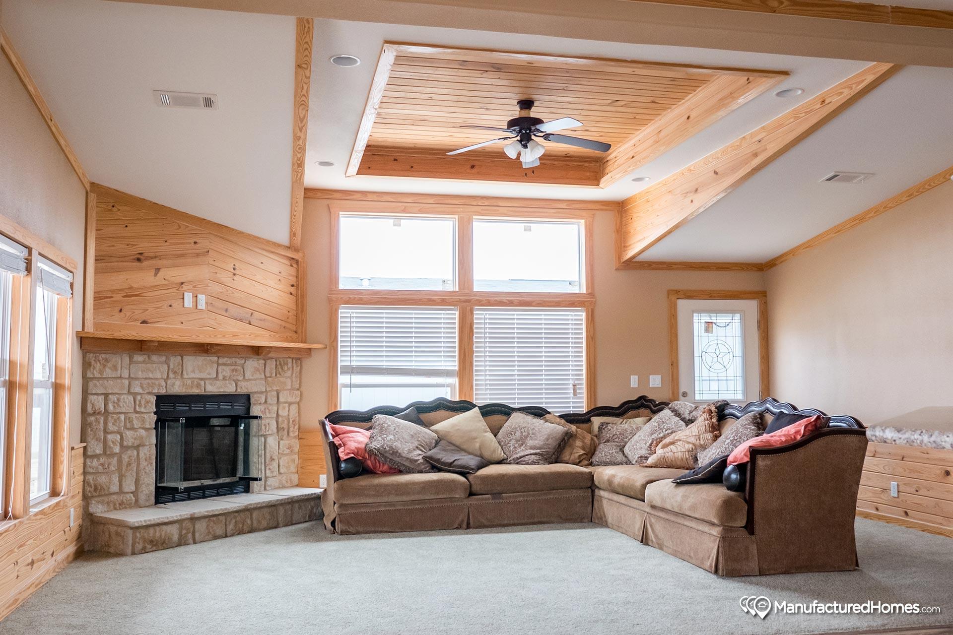 Sky Ranch / E222 Kerr - Interior