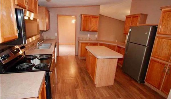 Land/Home Packages / LH-352 - Kitchen