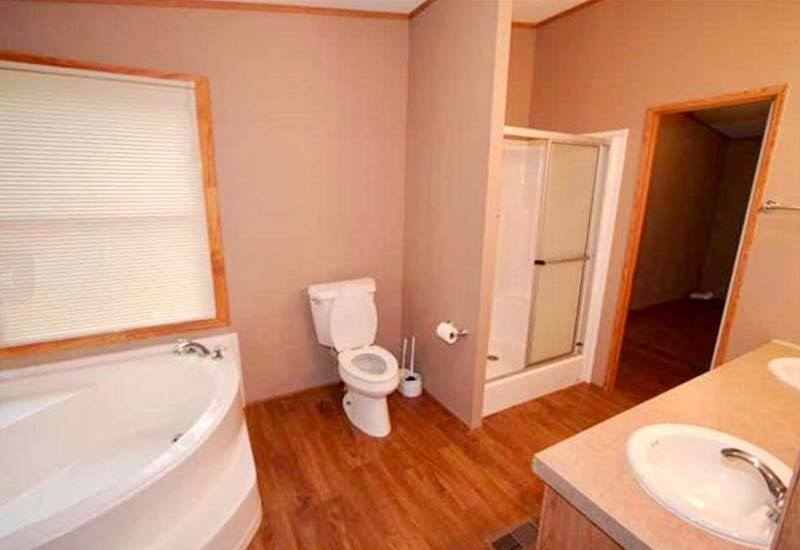 Land/Home Packages / LH-352 - Bathroom