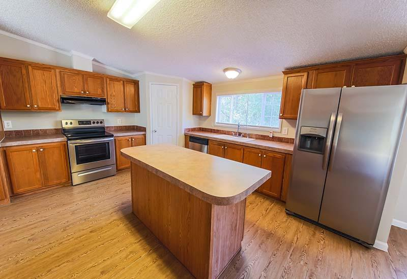 Land/Home Packages / LH-184 - Kitchen
