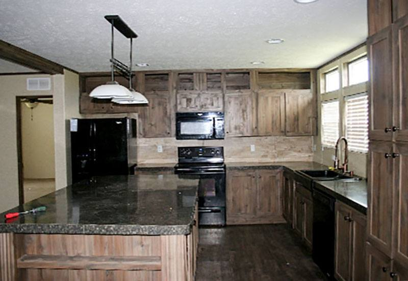 Clayton / 322611 - Kitchen