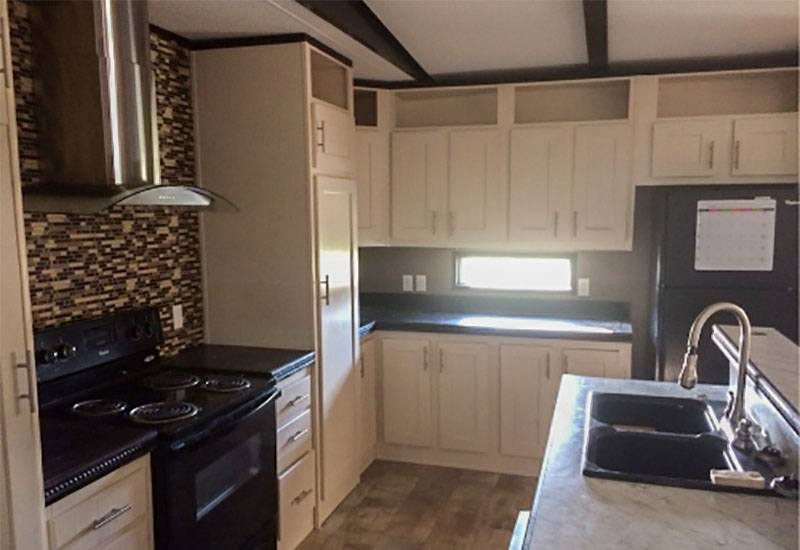 Clayton / Decision Maker 329327 - Kitchen
